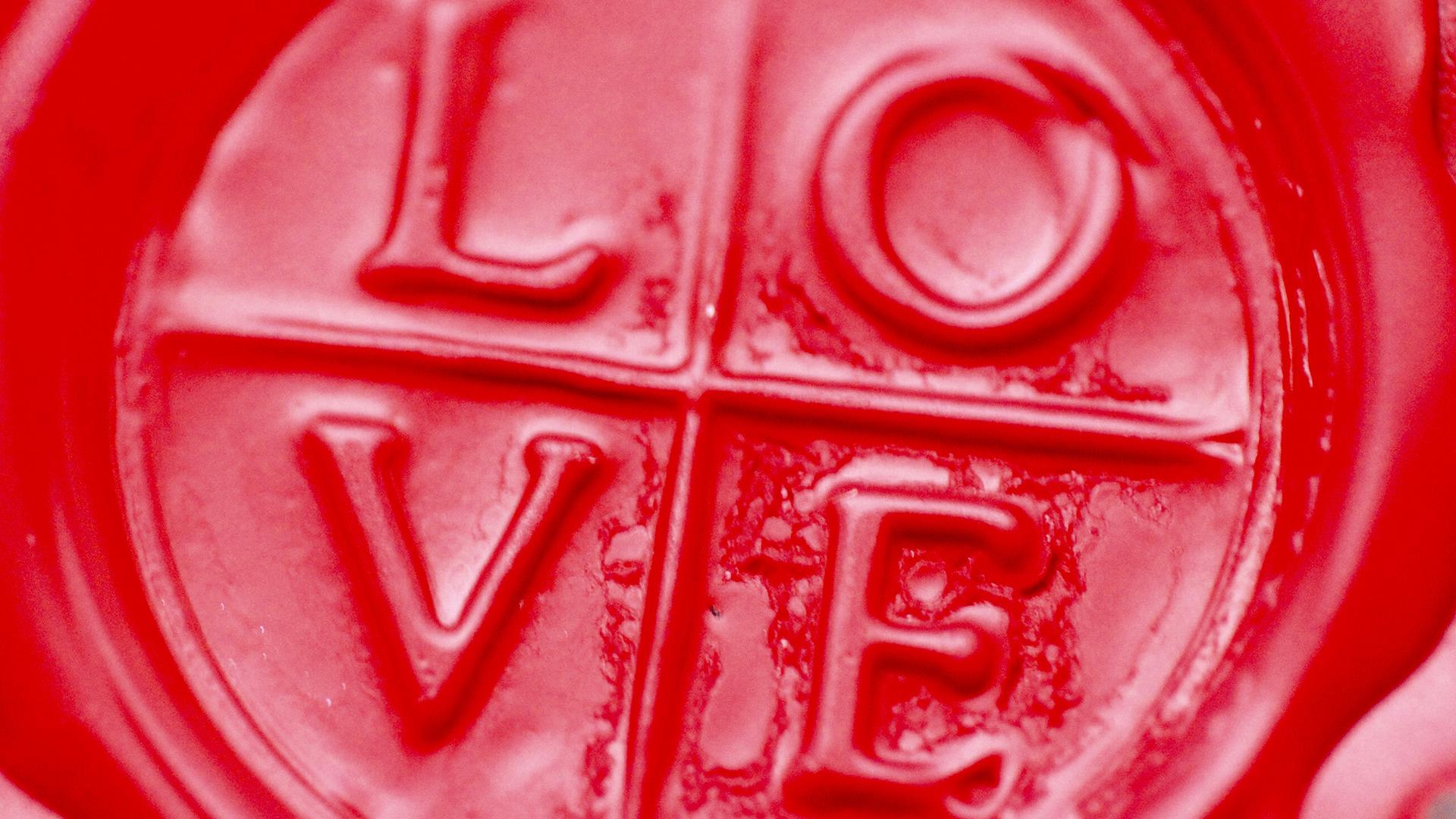 05 love endures passiton